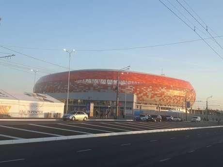Arena Mordóvia lembra muito o Soccer City, estádio de Johanesburgo e principal palco da Copa de 2010 (Carlos Alberto Vieira)