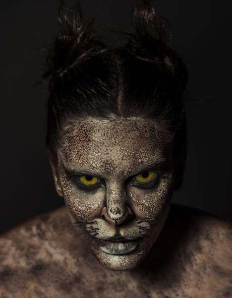 Mariana Goldfarb como Gato Mourisco ((Fotos: Jacques Dequeker/Divulgação)