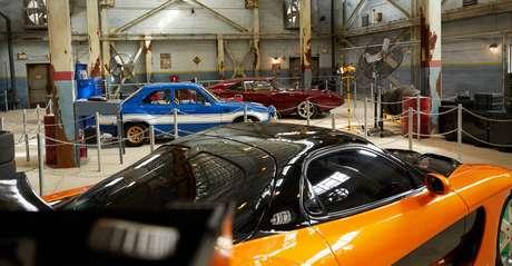 Interior da nova atração Fast & Furious Supercharged no parque Universal Orlando