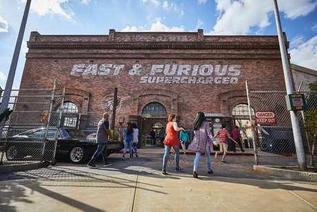 Fachada da nova atração Fast & Furious Supercharged no parque Universal Orlando