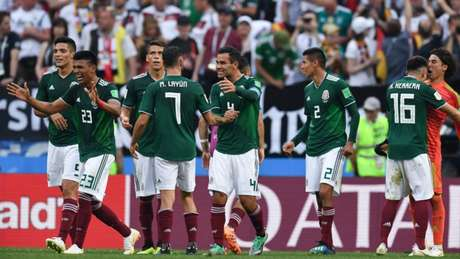 100% México chega embalado para enfrentar a Suécia (Foto: KIRILL KUDRYAVTSEV / AFP)