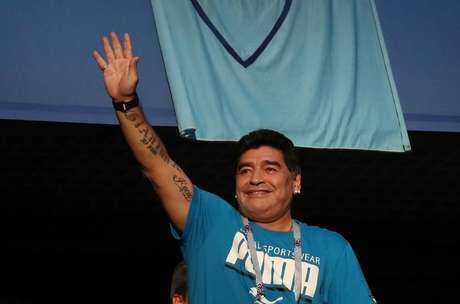 Diego Maradona na arquibancada durante jogo Argentina x Nigéria 26/06/2018  REUTERS/Sergio Perez