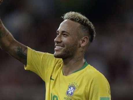 Neymar abriu um sorriso no final do jogo