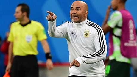 Jorge Sampaoli durante a partida contra a Nigéria - FOTO: AFP