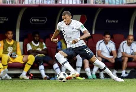 Mbappé, em ação pela França (Foto: Ale Cabra)