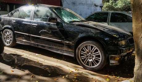 Uma mulher e os dois filhos morreram após serem atropelados por um BMW