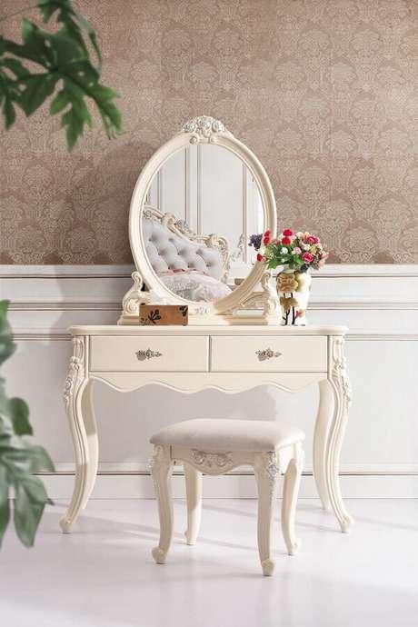 1. Decoração estilo provençal com penteadeira com espelho