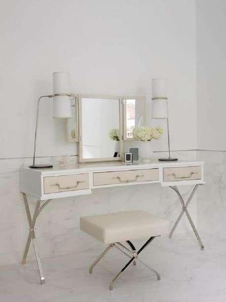 48. Design moderno para penteadeira com espelho