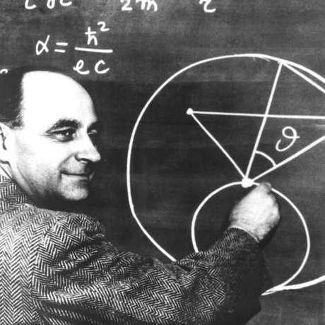 O paradoxo de Fermi aponta para a aparente contradição entre estimativas que apontam ser alta a probabilidade de existirem outras civilizações inteligentes e a ausência de evidências dessas civilizações