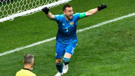 Afinfeev celebra a classificação russa para as quartas de final