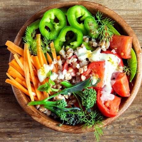 Nutricionista recomenda alimentos ricos em nutrientes