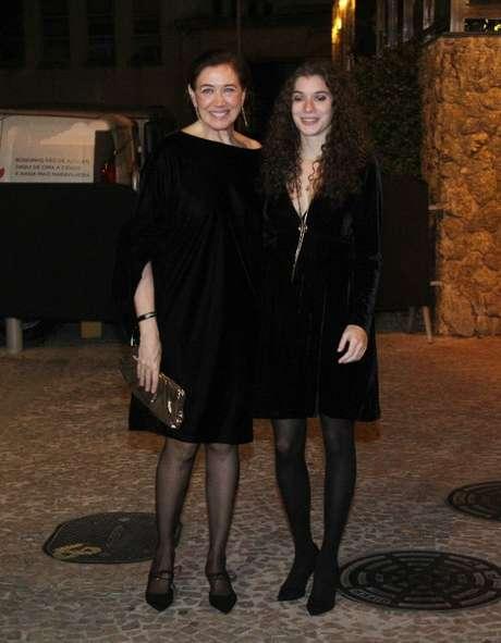 Lilia Cabral e a filha Giulia (Fotos: Wallace Barbosa/AgNews)