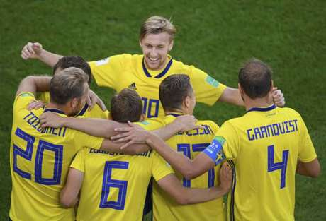 Suécia aposta no sistema defensivo para surpreender no mata-mata do Mundial (Foto: JORGE GUERRERO / AFP)