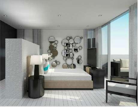 5. Decoração de parede com modelos redondos de espelhos decorativos para quarto