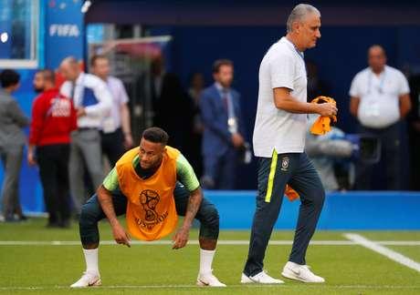 Em 2012, Tite criticou postura de Neymar em campo
