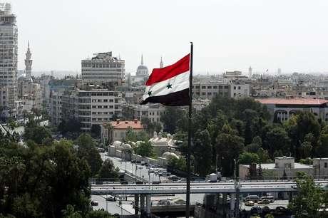 Bandeira da Síria é vista em Damasco 20/04/2018 REUTERS/Ali Hashisho