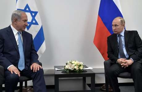 Encontro do primeiro-ministro israelense, Benjamin Netanyahu, com o presidente russo, Vladimir Putin, em Moscou 29/01/2018 Sputnik/Alexei Nikolsky/Kremlin via REUTERS