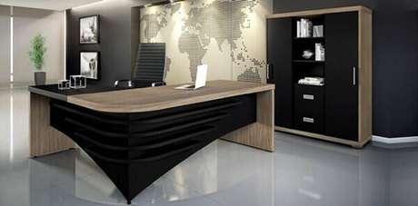 29 – Mesa para escritório em L para sala de diretoria.