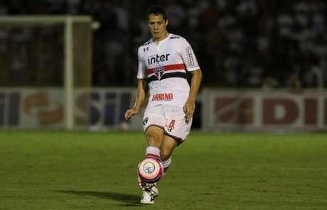 Zagueiro fez onze partidas pelo Tricolor nesta temporada (Rubens Chiri/saopaulofc.net)