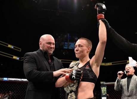 Campeã peso-palha, Rose Namajunas foi premiada em duas categorias no 'Oscar do MMA' (Foto: UFC)