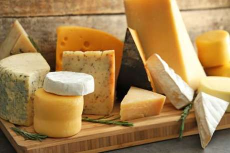 Diferentes tipos de queijo