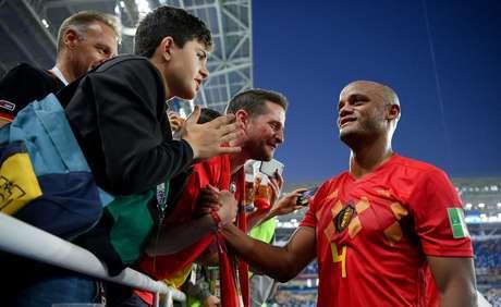O zagueiro Vincent Kompany tinha 16 anos quando o Brasil eliminou a Bélgica em 2002