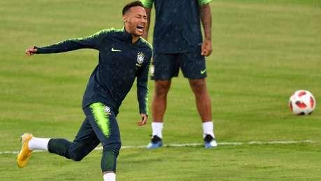 O camisa 10 ganhará o terreno se fizer três gols contra a Bélgica nesta sexta