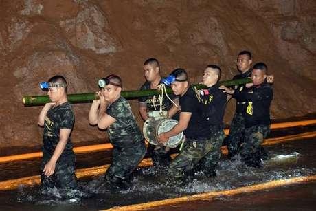 Operação de resgate na caverna de Tham Luang, na Tailândia