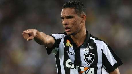 Luiz Fernando soma dois gols pelo Glorioso. Porém, quer produzir mais (Vitor Silva/SSPress/Botafogo)