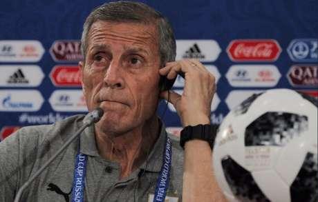 Uruguaio Tabárez elogiou a França, que soube controlar a partida e aproveitar as chances