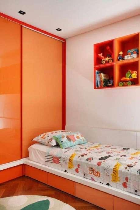 7. Os nichos para quarto em formato de cubo também podem ser embutidos na parede para otimizar o espaço