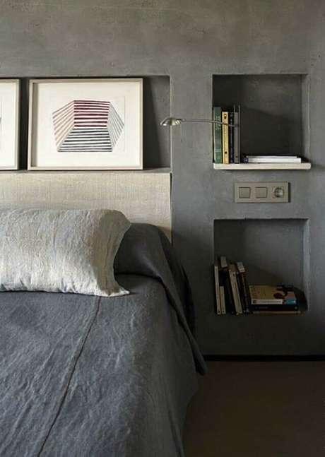 36. Os nichos para quarto que já são embutidos na parede são excelentes para otimizar o espaço