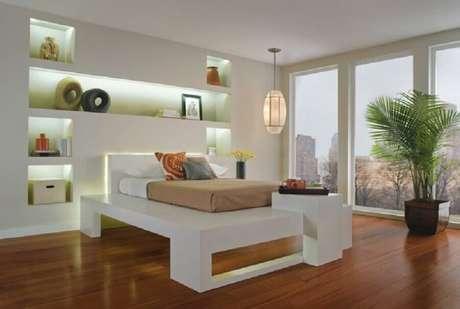 41. Modelo de nichos para quarto com iluminação embutida
