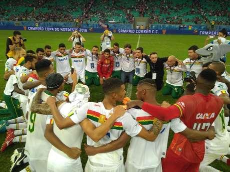 Campeão.O Sampaio Corrêa segurou o empate por 0 a 0 contra o Bahia, na Arena Fonte Nova, e calou mais de 45 mil torcedores em Salvador