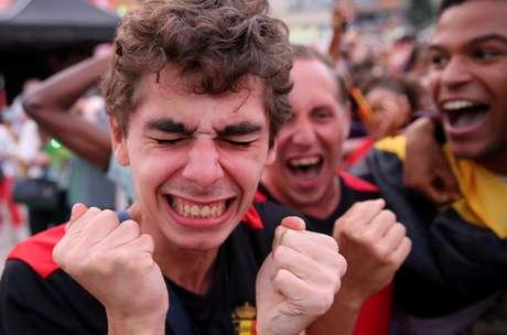 Belgas vibram em Bruxelas após eliminarem o Brasil da Copa