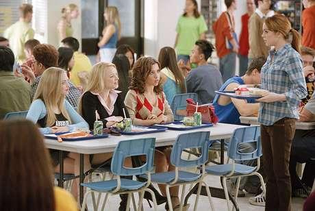 Lacey Chabert, Lindsay Lohan, Rachel McAdams e Amanda Seyfried em 'Meninas Malvadas' (2004)