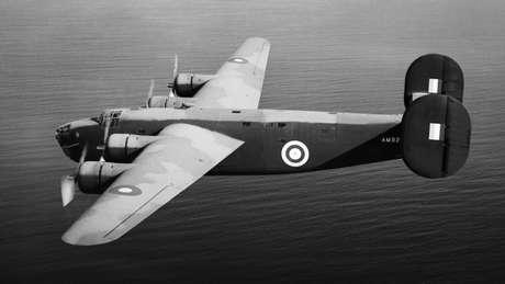 Foto de arquivo de um avião de bombardeio da Força Aérea Britânica, de fabricação americana
