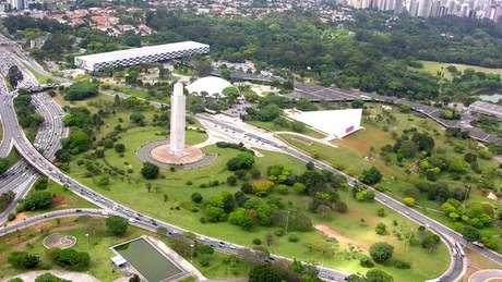 O obelisco no Parque Ibirapuera é uma das homenagens à Revolução de 1932 ainda presentes em São Paulo