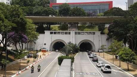 Uma das principais vias de São Paulo, a avenida 9 de Julho tem esse nome por causa da Revolução de 1932