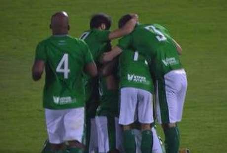 Desta vez, o Guarani não sofreu gol nos minutos finais, como aconteceu em jogos anteriores