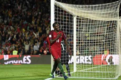 Jogador português pode ser o segundo reforço mais caro da história do clube (Foto: Francisco Leong / AFP)