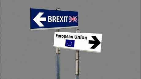 Negociações com a UE buscam um acordo até outubro, para uma saída do bloco europeu até março do ano que vem
