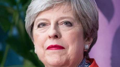 Negociações do Brexit têm causado sucessivas crises dentro do gabinete da premiê May