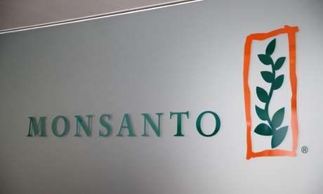 Logo da Monsanto na sede da companhia em Morges, na Suíça 25/05/2016 REUTERS/Denis Balibouse