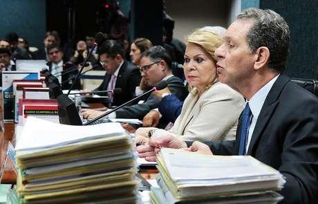 As representações apresentadas ao CNJ contra Favreto e Moro serão sobrestadas e apensadas ao procedimento da Corregedoria.