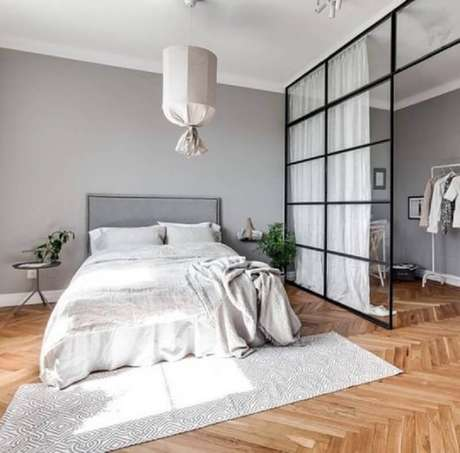 11. Cortina divisória de ambiente com parede de vidro para decoração de quarto moderno