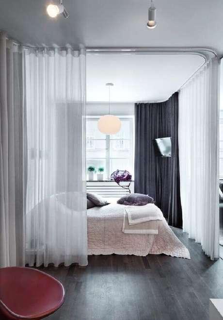 7. Decoração de quarto com cortina divisória de ambiente
