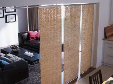 33. Fibras naturais rendem ótimas cortinas divisórias de ambientes