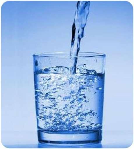 10- 250 ml de água;