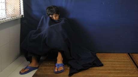 Os filhos de imigrantes não acompanhados são colocados em uma área especial